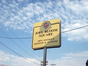 joel bloom sign